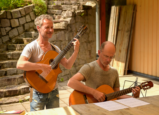 Workshop Akustikgitarre Songs & More Haus Neuglück 2017 (© Acoustic Music School)